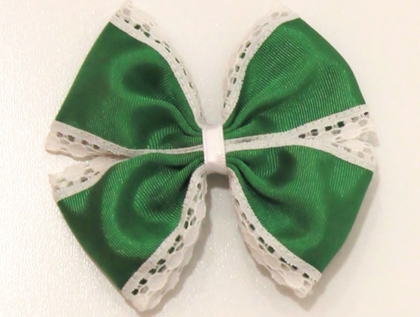 lazo mariposa grosgain puntilla verde
