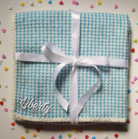 manta azul bebé a crochet