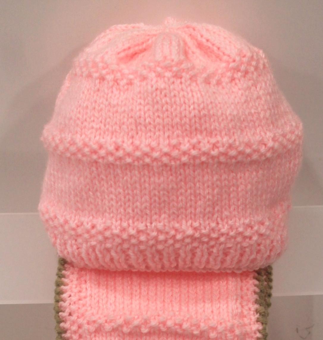 Gorro de punto bebé niña rosa